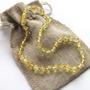Ogrlica iz jantarja za otroke Lemon